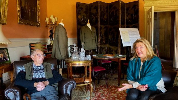 At Home at Highclere Castle with Lady Carnarvon and Les Taylor