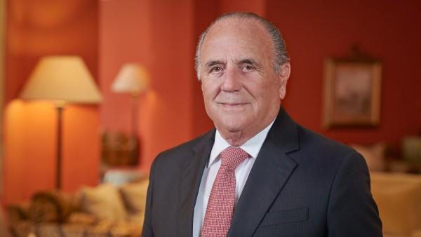 Anne Diamond interviews hotelier Alfred Pisani
