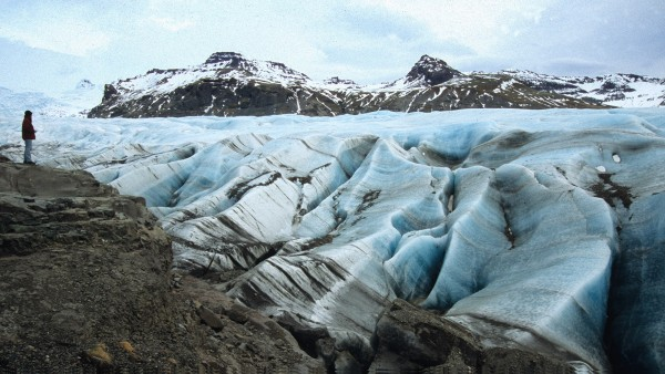 See how ice and snow shaped Iceland's landscapes with Dr. Tony Waltham