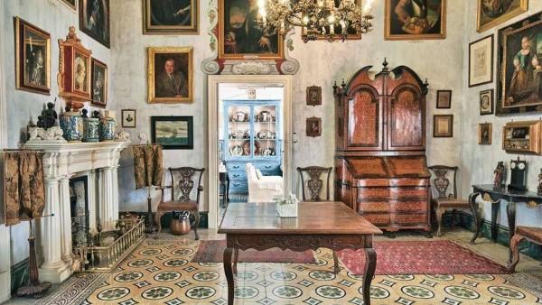 At home in Malta's Casa Rocca Piccola with Nicholas de Piro