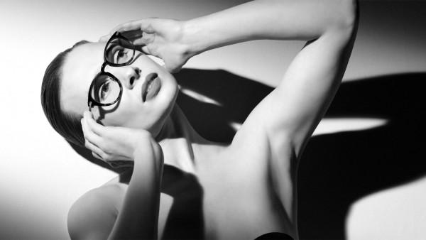 Anne Diamond interviews eyewear designer Tom Davies