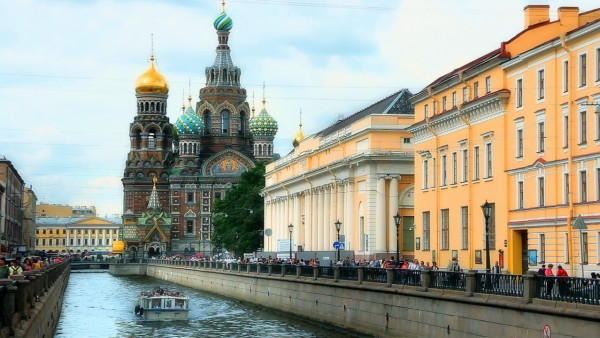 Canal Tour through St. Petersburg