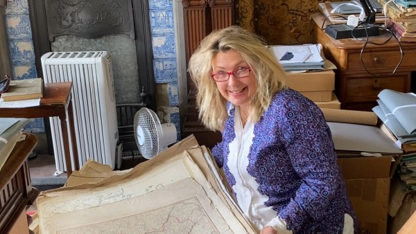 At Home at Highclere Castle: Maps & Geography