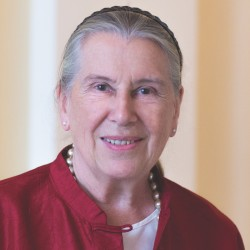 Geraldine Norman, OBE