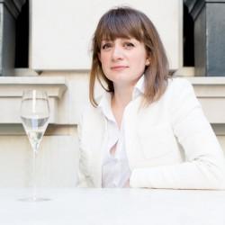 Laura Rhys, MS