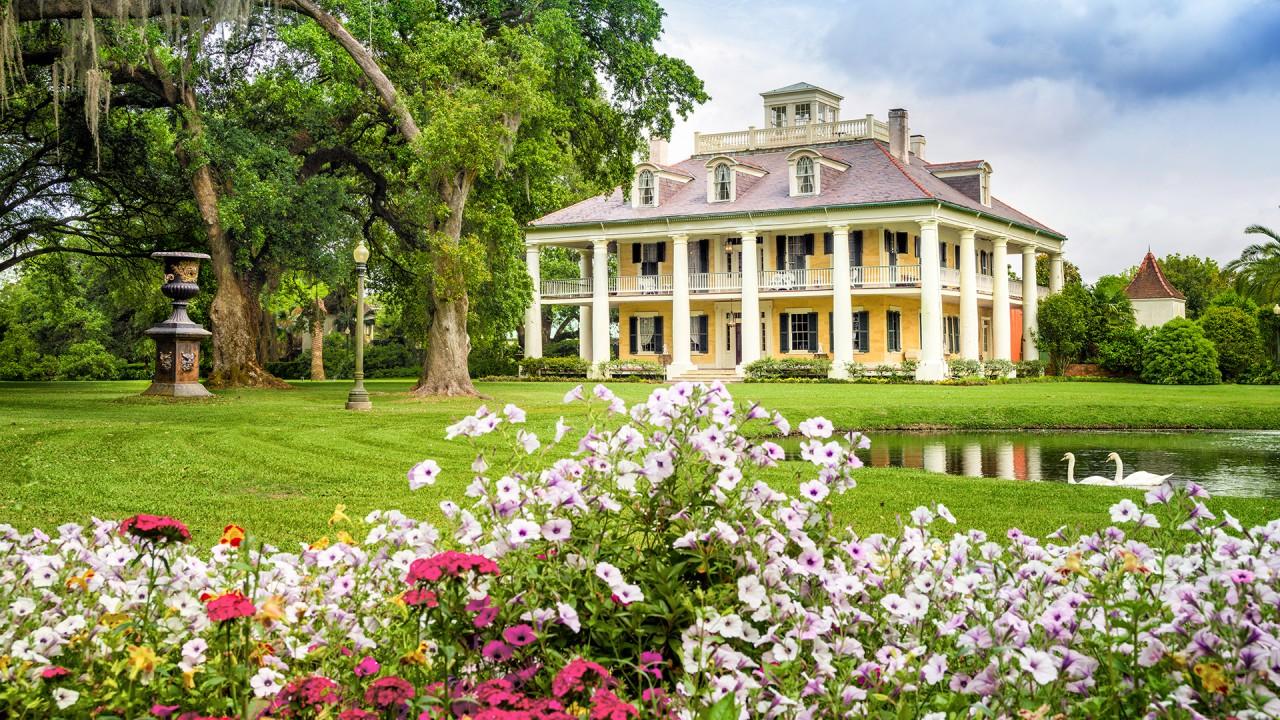 At Louisiana's Houmas House with Kevin M. Kelly